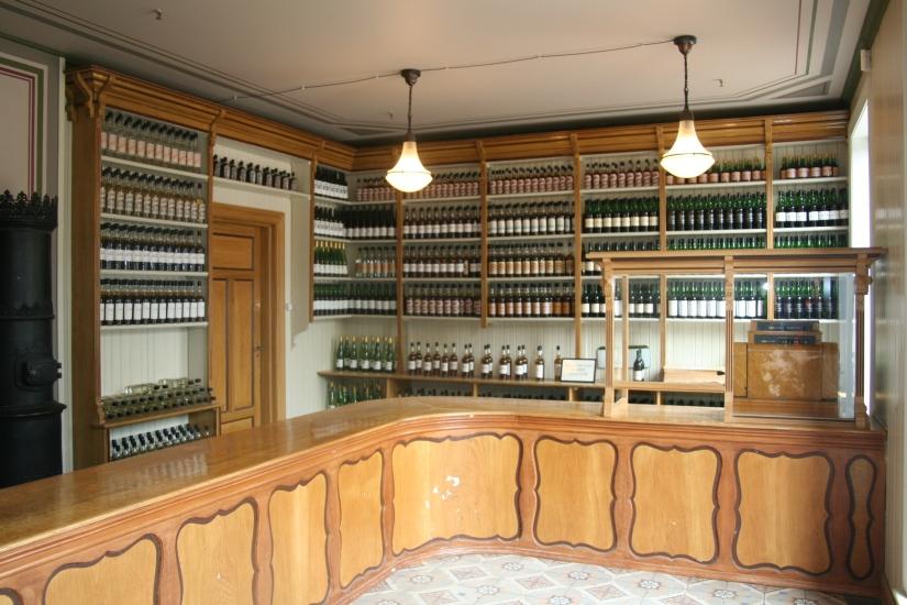 Over drinkende Noren, staatswijnhandels enbierbrouwen