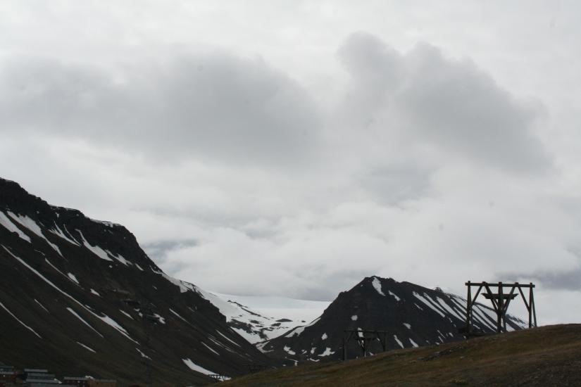 Een zwarte vlek in het wittewonderland